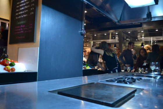 Tuset restaurant slowfood entre fogones - Cuca arraut interiorismo ...